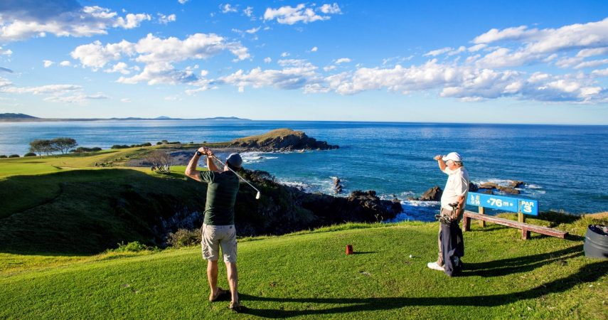 Golfing at Crescent Head_Macleay Valley Coast